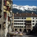Eine der wichtigsten Sehenswürdigkeiten Österreichs: Das Goldene Dachl in Innsbruck